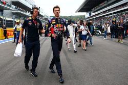 Daniil Kvyat, Red Bull Racing en la parrilla