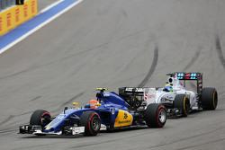 Felipe Nasr, Sauber C34 leads Felipe Massa, Williams FW37