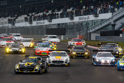 Start: #2 Black Falcon Mercedes-Benz SLS AMG GT3: Hubert Haupt, Yelmer Buurman, Adam Christodoulou, Manuel Metzger leads