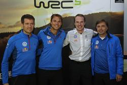 塞巴斯蒂安·奥吉尔、安德利亚斯·米克尔森、贾里·马蒂·拉特瓦拉、大众车队负责人乔斯特-卡皮托(Jost Capito)