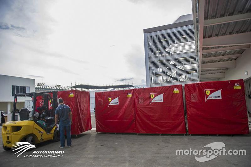El circo comienza a llegar f1 noticias for Puerta 2 autodromo hermanos rodriguez