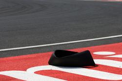 The punctured wheel of Sebastian Vettel, Ferrari