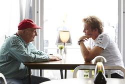 Nico Rosberg, Mercedes AMG F1 with Niki Lauda