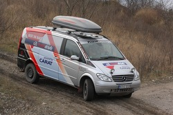 Team Fleetboard Dakar: Mercedes Viano