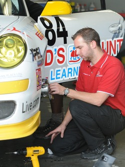 #84 Farnbacher Loles Porsche GT3 Cup: Ross Bentley, Don Kitch Jr., Steve Miller, Chris Pallis