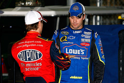 Post-crash discussion between Jeff Gordon and Jimmie Johnson