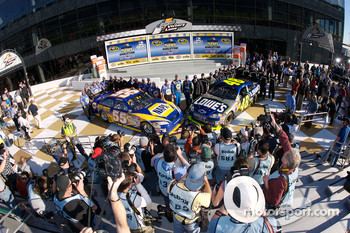 Ambiance in victory lane as pole winner Jimmie Johnson and second place Michael Waltrip celebrate with their teams
