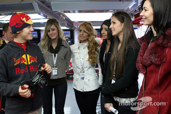 Sebastian Vettel with the lovely Formula Unas girls