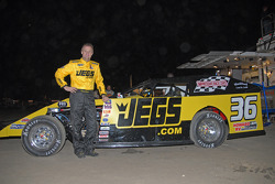 Kenny Wallace competes in the 37th Annual Alltel DIRTcar Nationals at nearby Volusia Speedway Park