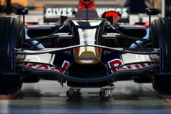 Toro Rosso front wing detail
