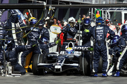 Pit stop for Nico Rosberg, WilliamsF1 Team