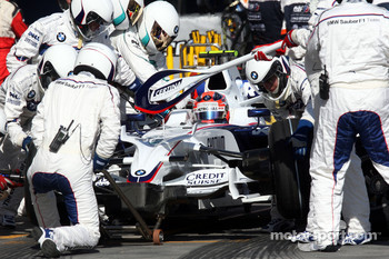 Pit stop for Robert Kubica,  BMW Sauber F1 Team