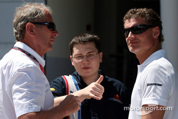 Motorsport consultant of Red Bull Helmut Marko, Tim Maylon and David Coulthard, Red Bull Racing