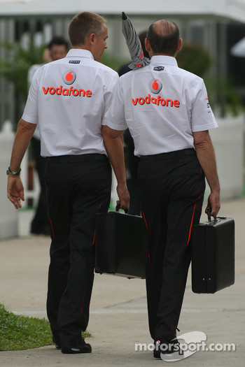 Martin Whitmarsh, McLaren, Chief Executive Officer and Ron Dennis, McLaren, Team Principal, Chairman