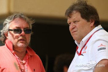 Keke Rosberg and Norbert Haug, Mercedes, Motorsport chief