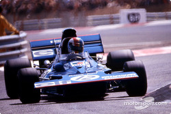 Moving to 2nd place, François Cévert, Tyrrell 002
