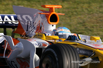 Fernando Alonso, Renault F1 Team, R28 new aero
