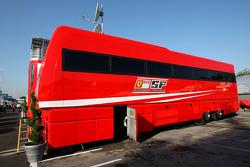 Scuderia Ferrari, bus