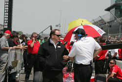 Chip Ganassi talks with Brian Barnhart