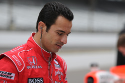 Helio Castroneves in the pits