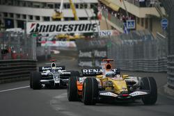 Fernando Alonso, Renault F1 Team, R28 and Nico Rosberg, WilliamsF1 Team, FW30