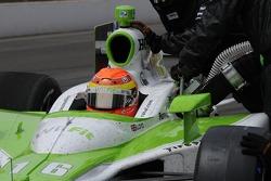 Alex Lloyd pits