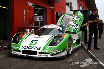 #24 Gravity Racing International Mosler MT 900: Anthony Kumpen, Bert Longin
