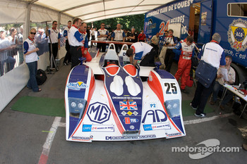 #25 RML Lola B05-40 MG at scrutineering