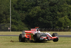 Adrian Sutil, Force India F1 Team, VJM-01 on the grass