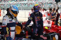 Fernando Alonso, Renault F1 Team and Mark Webber, Red Bull Racing