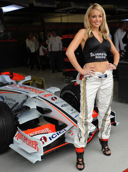 Female face of the British Grand Prix and Miss England, Gemma Garrett with Adrian Sutil, Force India F1 Team and Giancarlo Fisichella, Force India F1 Team