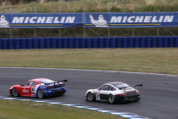 #56 CR Scuderia Ferrari F430: Andrew Kirkaldy, Rob Bell, #61 Prospeed Competition Porsche 911 GT3 RS: Emmanuel Collard, Richard Westbrook