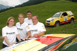 #13 Suzuki / Maxi Suzuki Grand Vitara 3D DDiS: Melina Frey and Alexandra Hahn, #34 Suzuki / SPOX.COM Suzuki Grand Vitara 3D DDiS: Andreas Kramer and Kurt Ettenberger