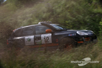#12 Team Middle East Porsche Cayenne S Transsyberia: Said Rashid Al Hajri and Tim Trenker