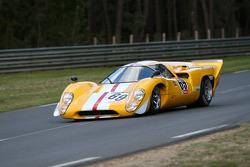 #69 Lola T70 Mkiii B 1969: Carlos Barbot, Jonathan Baker