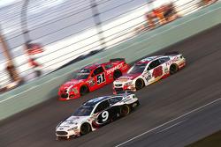 Justin Allgaier, HScott Motorsports Chevrolet and Michael Annett, HScott Motorsports Chevrolet and Sam Hornish Jr., Richard Petty Motorsports Ford
