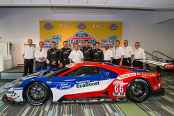 Chip Ganassi Racing Ford GTLM drivers for IMSA and Le Mans: Dirk Müller, Joey Hand, Richard Westbrook and Ryan Briscoe with Dave Pericak and Raj Nair from Ford, and Chip Ganassi