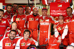 Kimi Raikkonen, Ferrari at a team photograph