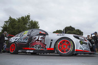V8 Supercars Photos - New livery for James Courtney, Holden Racing Team