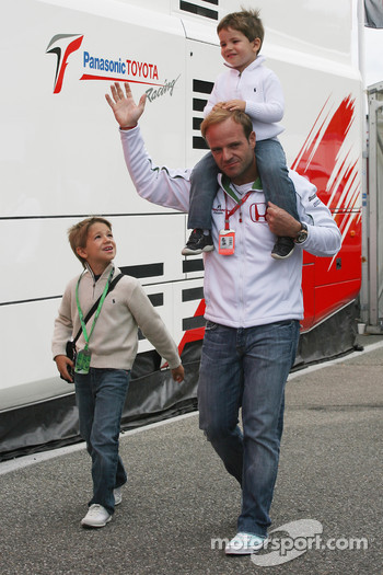 Rubens Barrichello, Honda Racing F1 Team with his children