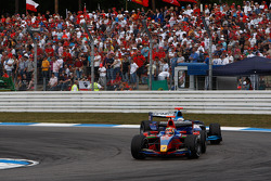 Karun Chandhok leads Andreas Zuber