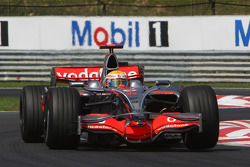 Lewis Hamilton, McLaren Mercedes, MP4-23 with a flat spotted tyre