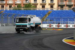 Valencia Circuit preparations, track cleaning