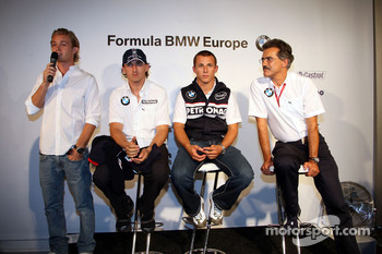 BBQ at FBMW Hospitality: Nico Rosberg, WilliamsF1 Team, Robert Kubica,  BMW Sauber F1 Team Christian Klien, Test Driver, BMW Sauber F1 Team, Dr. Mario Theissen, BMW Sauber F1 Team, BMW Motorsport Director