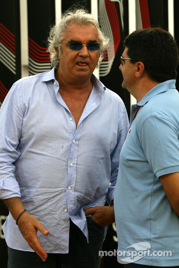 Flavio Briatore, Renault F1 Team, Team Chief, Managing Director and Luis Garcia Abad, Manager of Fernando Alonso