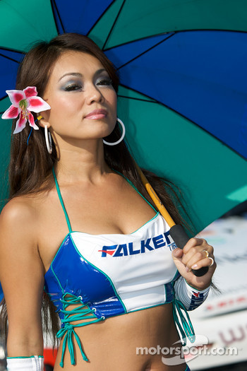A Falken Tire girl