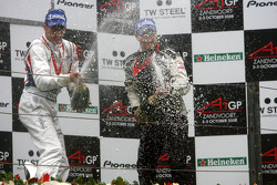 Podium, Loic Duval, driver of A1 Team France and Earl Bamber, driver of A1 Team New Zealand, spraying champaign