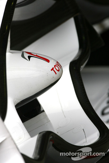 Toyota F1 Team front wing detail
