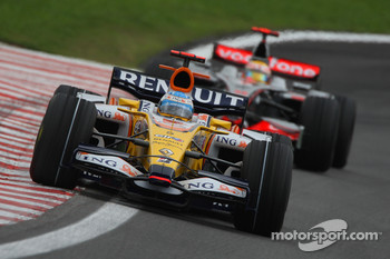 Fernando Alonso, Renault F1 Team, R28 and Lewis Hamilton, McLaren Mercedes, MP4-23