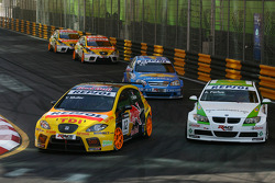 Yvan Muller, SEAT Sport, SEAT Leon TDI, Augusto Farfus, BMW Team Germany, BMW 320si, Robert Huff, Chevrolet, Chevrolet Lacetti